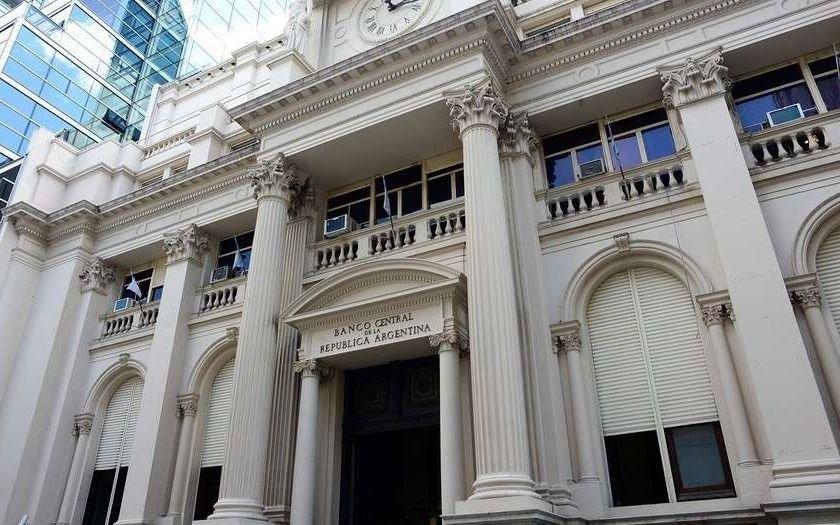 El Banco Central puso límites a fondos del exterior para desalentar la especulación