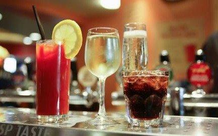 Buscan ampliar el horario de venta de alcohol en la provincia de Buenos Aires