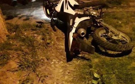 Una policía mató a un motochorro e hirió a otro