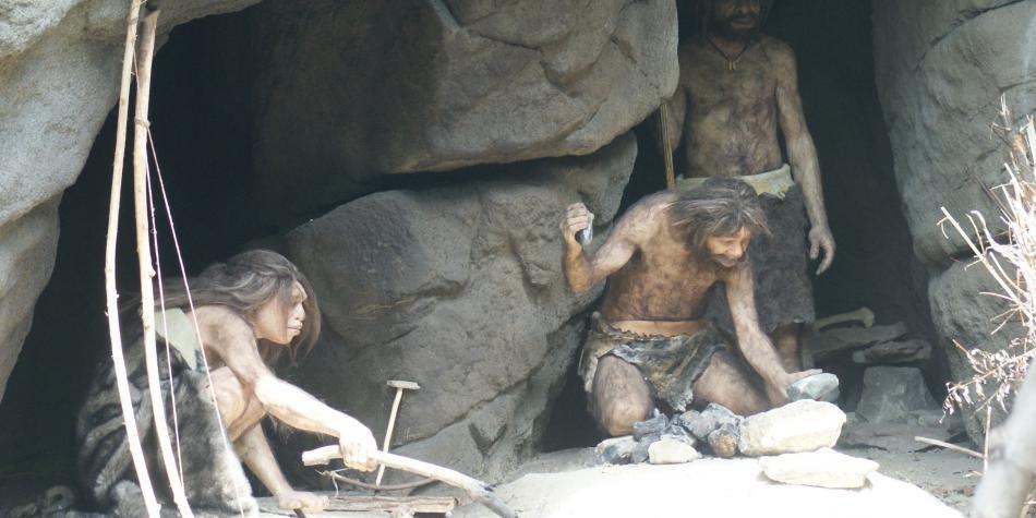 Nueva evidencia sugiere que los neandertales fueron capaces de hacer fuego