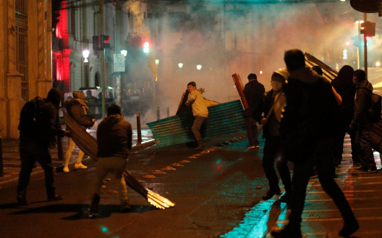 Tensión en Bolivia: tres muertos, 346 heridos y 220 detenidos en los disturbios