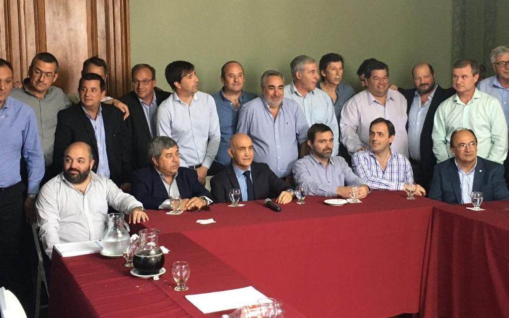 Los radicales bonaerenses resisten el desembarco de Macri en la Provincia