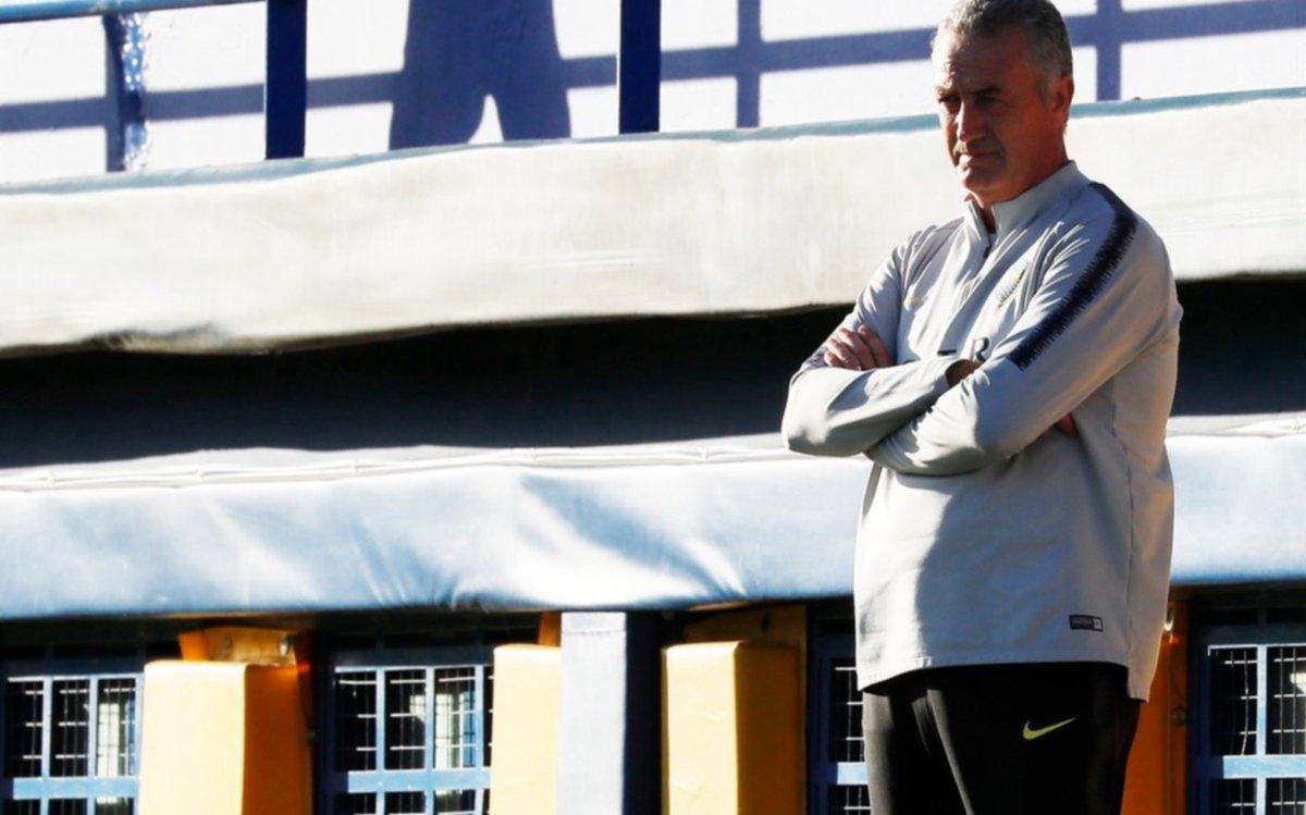 Boca tendría cuatro cambios para enfrentar a Vélez
