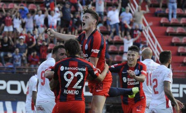 San Lorenzo necesitó solamente de un ratito para golear a Argentinos Juniors - Deportes - Diario El Dia. www.eldia.com