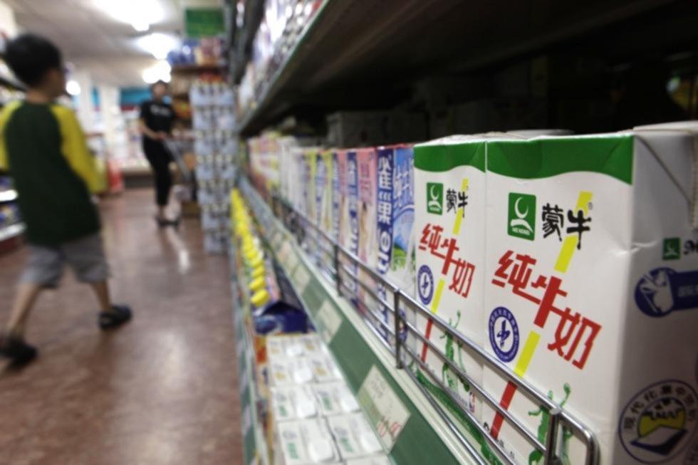 Los chinos se entusiasman con los lácteos y los precios de la leche se disparan