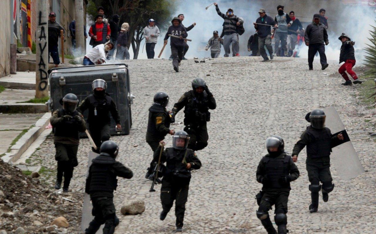 Tensión en Bolivia: las fuerzas armadas se unen a la policía para actuar en las calles