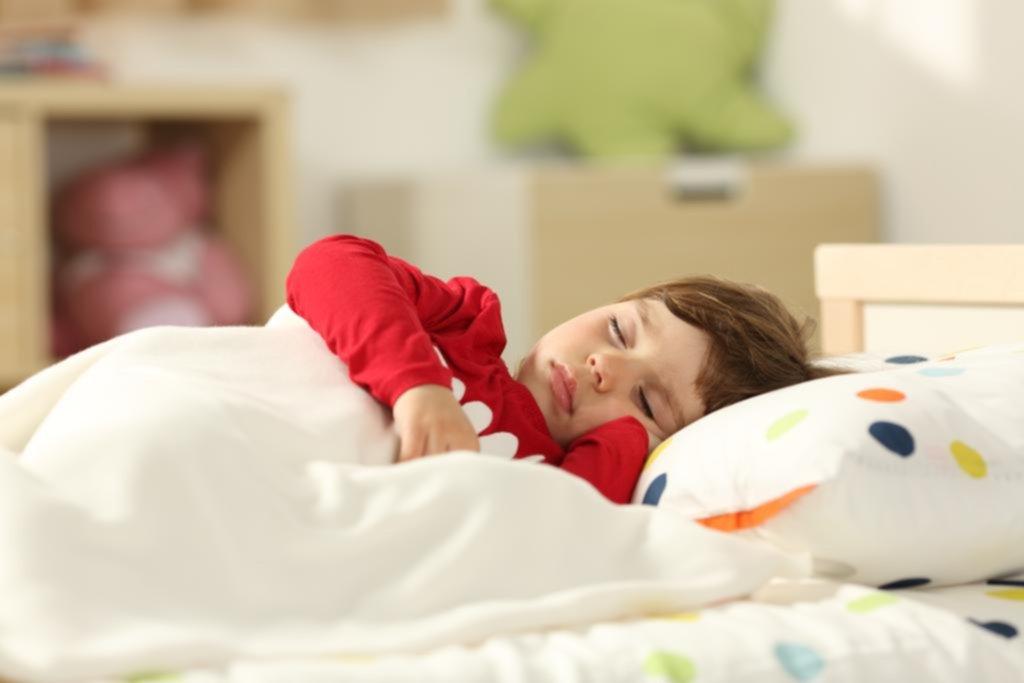 Pis en la cama: la mayoría cree por error que es sólo estrés
