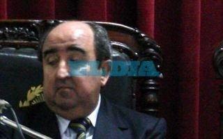Asaltaron y golpearon al ex juez Carlos Silva Acevedo en su casa de City Bell