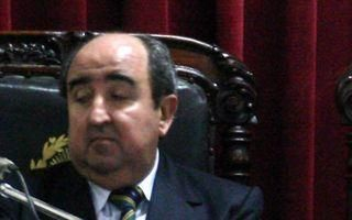 En un raid, asaltaron al ex juez Carlos Silva Acevedo y a un hijo de su esposa