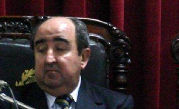 En un raid, asaltaron al ex juez Carlos Silva Acevedo ya un hijo de su esposa - Policiales - Diario El Dia. www.eldia.com