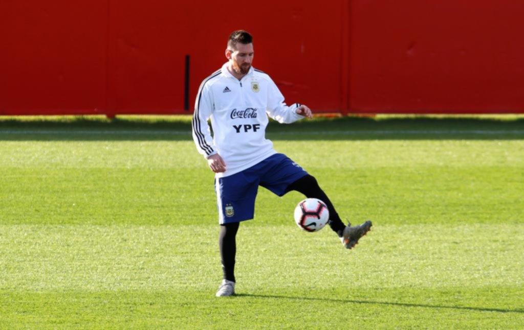 Messi acaparó la atención de todos y se lo vio enchufado en su vuelta tras la suspensión