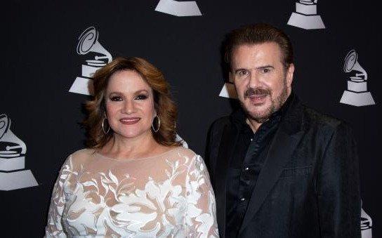 """Pimpinela recibe el Grammy latino  honorífico por su """"pasión"""""""