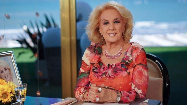 Mirtha resignaría su sueldo con tal de ir a Mar del Plata