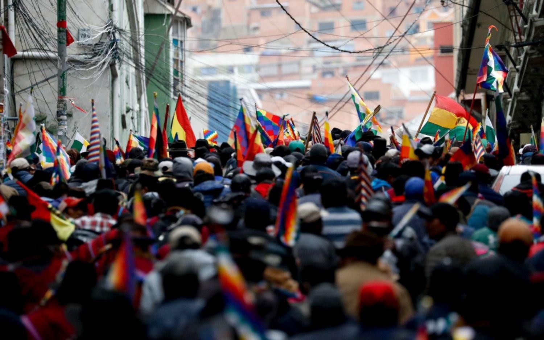 """Una multitud volvió a marchar en La Paz al grito de """"que vuelva Evo"""""""
