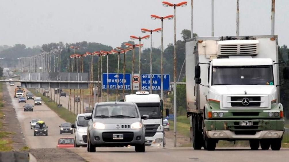Rutas con tránsito intenso para aprovechar el último finde largo del año