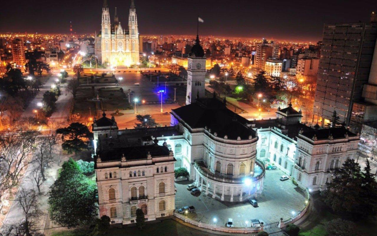 Funcionamiento de los servicios municipales durante el fin de semana largo y el aniversario de la ciudad