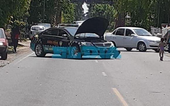 Fuerte choque en Camino Belgrano con un patrullero involucrado