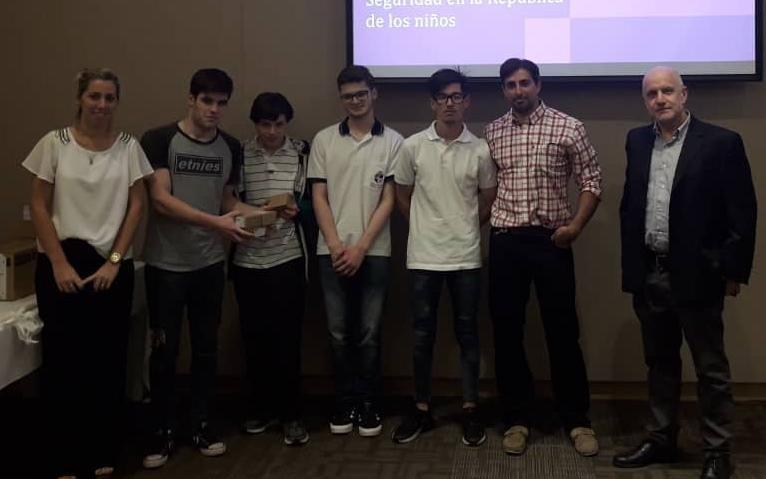 Alumnos del San Vicente premiados por un sistema de seguridad