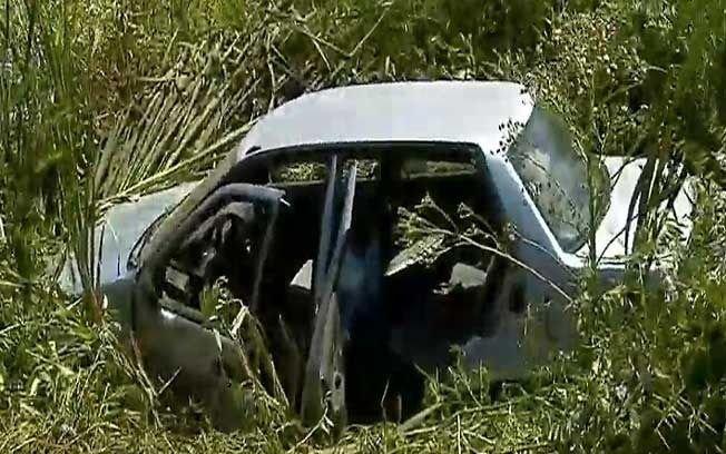 Subieron en La Plata a la Autopista, chocaron contra el separador central y terminaron en una zanja