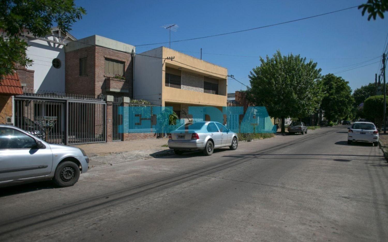 Violenta entradera enLa Loma: armados y a los golpes, se llevaron joyas y dinero de una casa