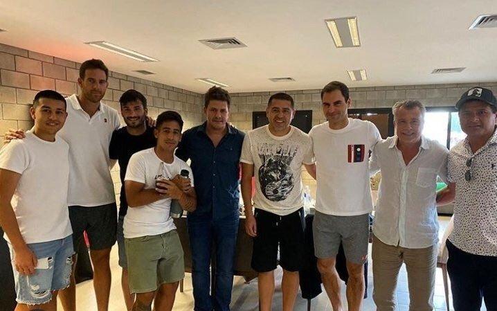 VIDEO: Riquelme y Del Potro se acercaron a ver a Federer