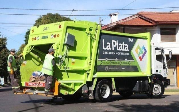 Por el feriado nacional, se verá afectado el servicio de recolección y se solicita no sacar bolsas de residuos