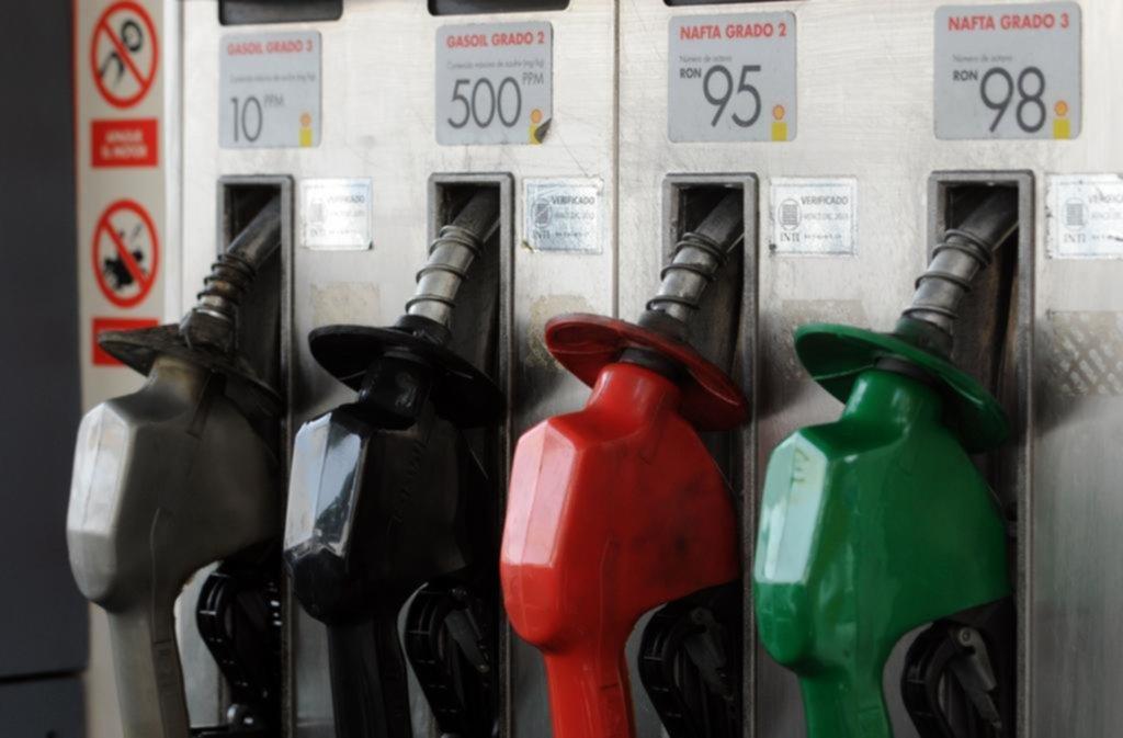 En la Región, la nafta súper pasó a casi $65 y la premium, a $75