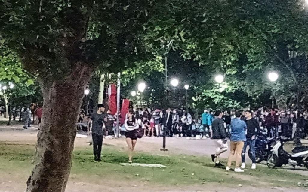 Las fiestas clandestinas no cesan en todo el país y La Plata no es la excepción: controles y responsabilidad individual