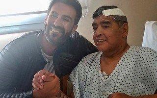 Maradona se descompensó y se complica su salud: lo trasladarán a un centro de salud