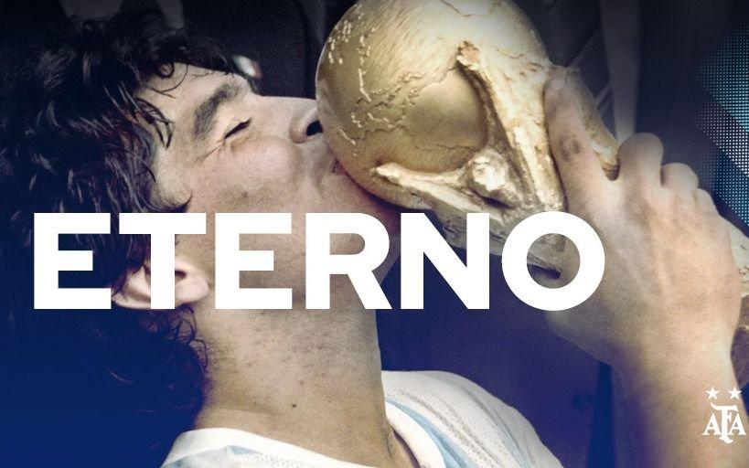 """La despedida de la AFA por la muerte de Maradona: """"Siempre estarás en nuestros corazones"""""""