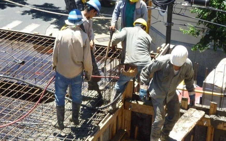 Habrá sanciones para las empresas que acopien materiales de la construcción