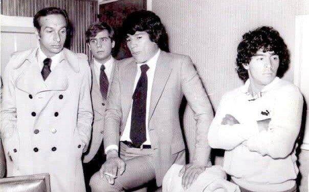 Los enigmas de la foto de Maradona y Monzón:  habló con EL DIA uno de los protagonistas