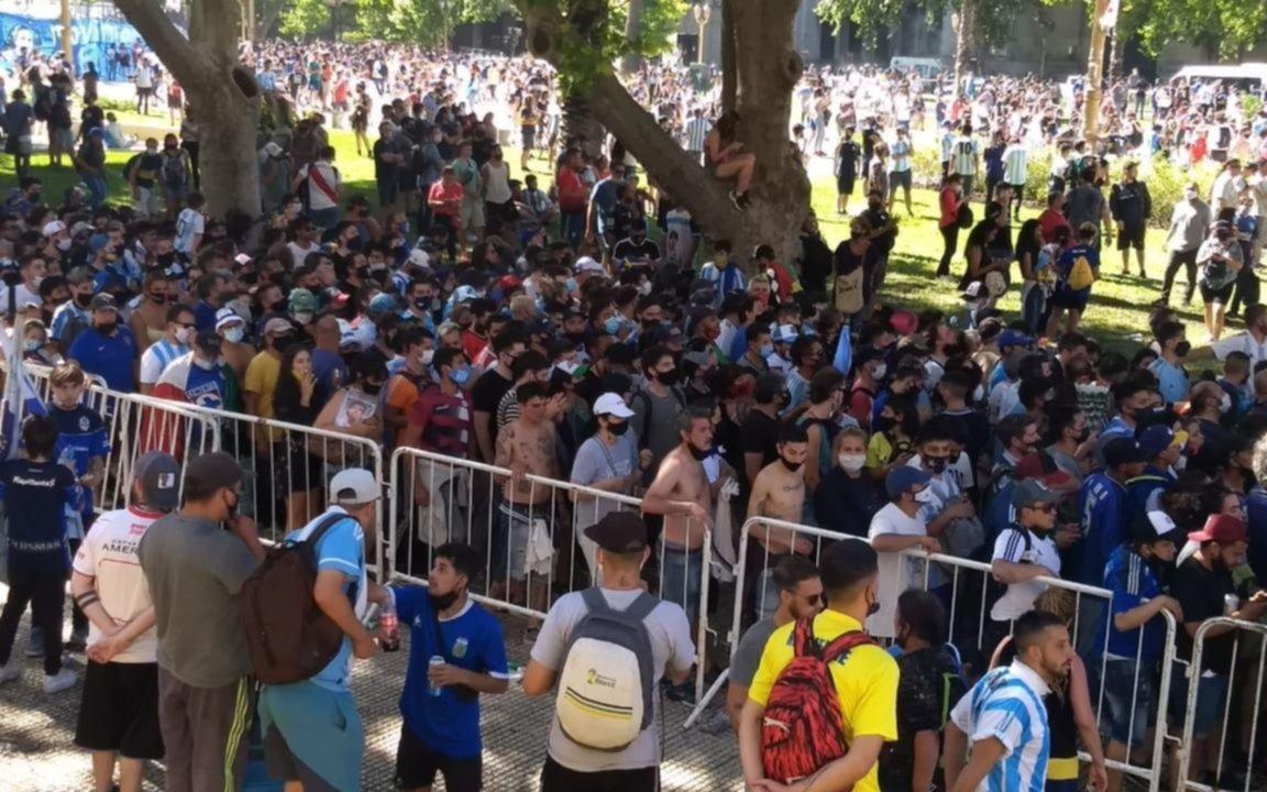 Grieta entre el gobierno nacional y la Ciudad por los incidentes en el velorio de Maradona