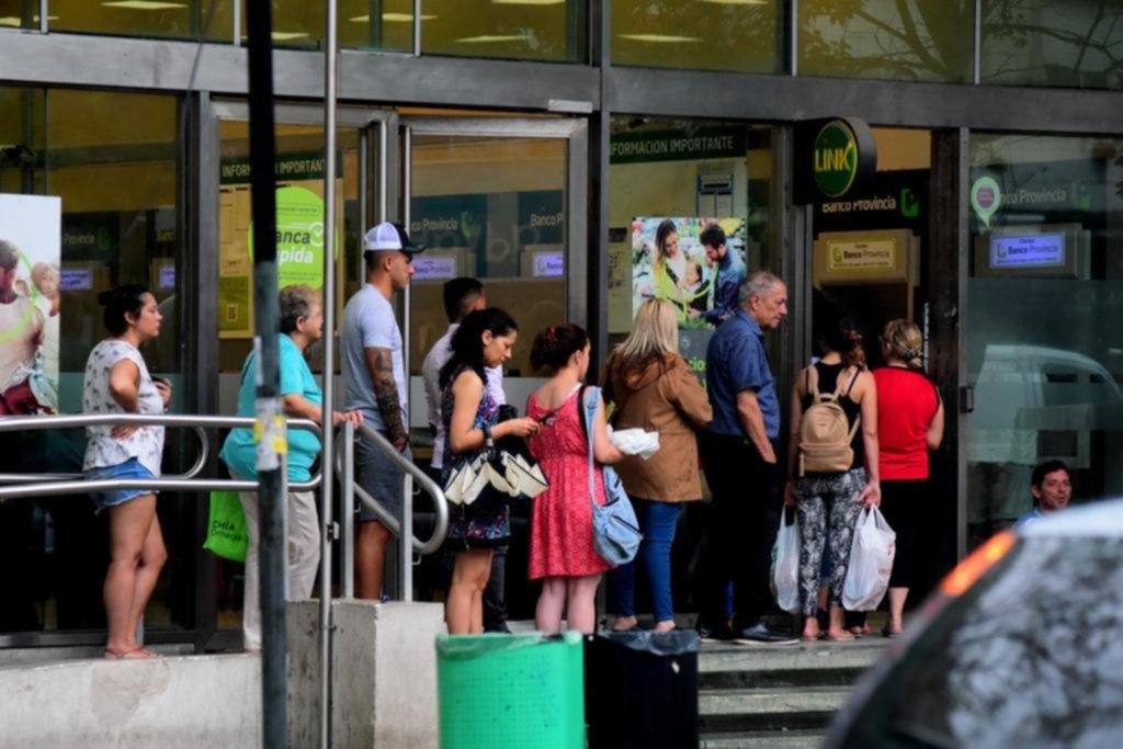 A partir del 1° de diciembre, los bancos en la Provincia van a atender de 8 a 13