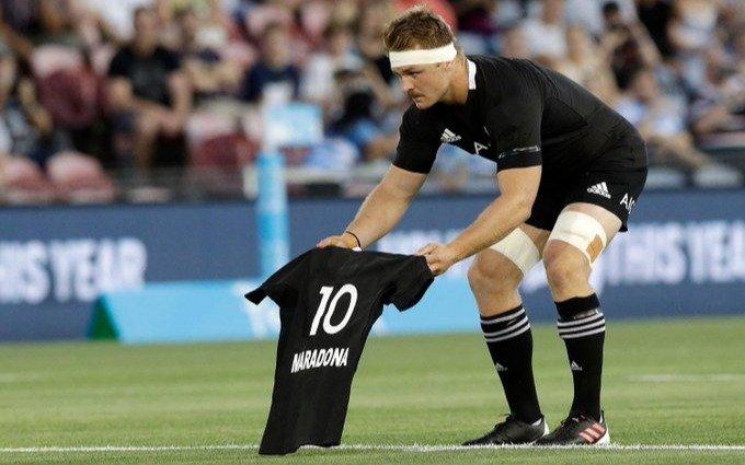 Los All Blacks homenajearon al inolvidable Diego Armando Maradona