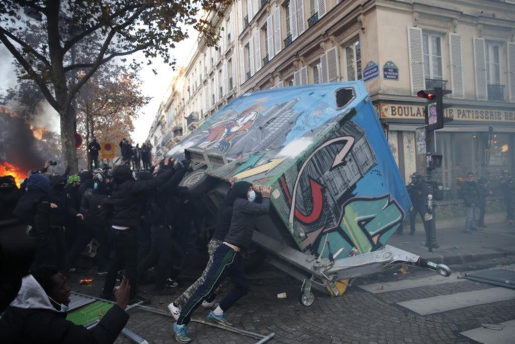 Escandalosa protesta contra la ley de seguridad en Francia