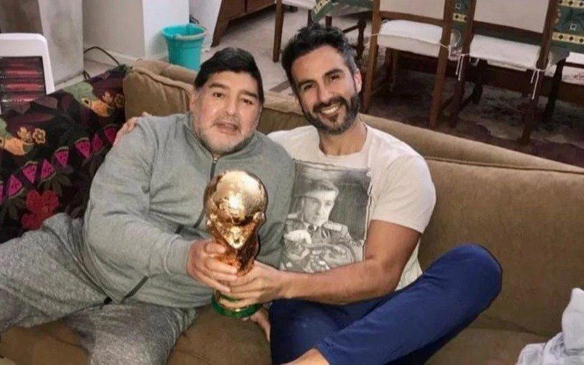 """Imputaron por """"homicidio culposo"""" y allanaron la casa del médico de Maradona, Leopoldo Luque"""
