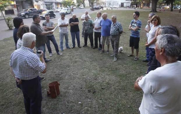 Los vecinos de  El Mondongo se reunieron con funcionarios