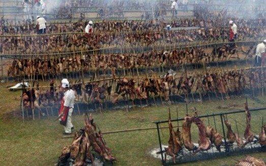 Resultado de imagen para uruguay el asado mas largo del mundo