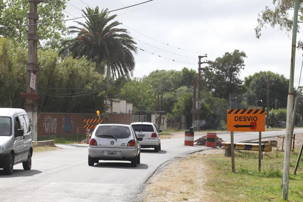 Complicaciones en la Montevideo por obras para renovar puentes en Berisso
