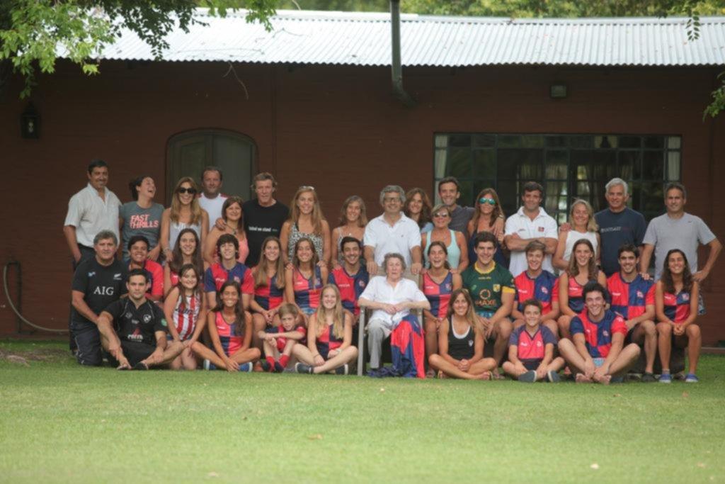Una historia familiar escrita entre eucaliptus, palos de hockey y pelotas de rugby