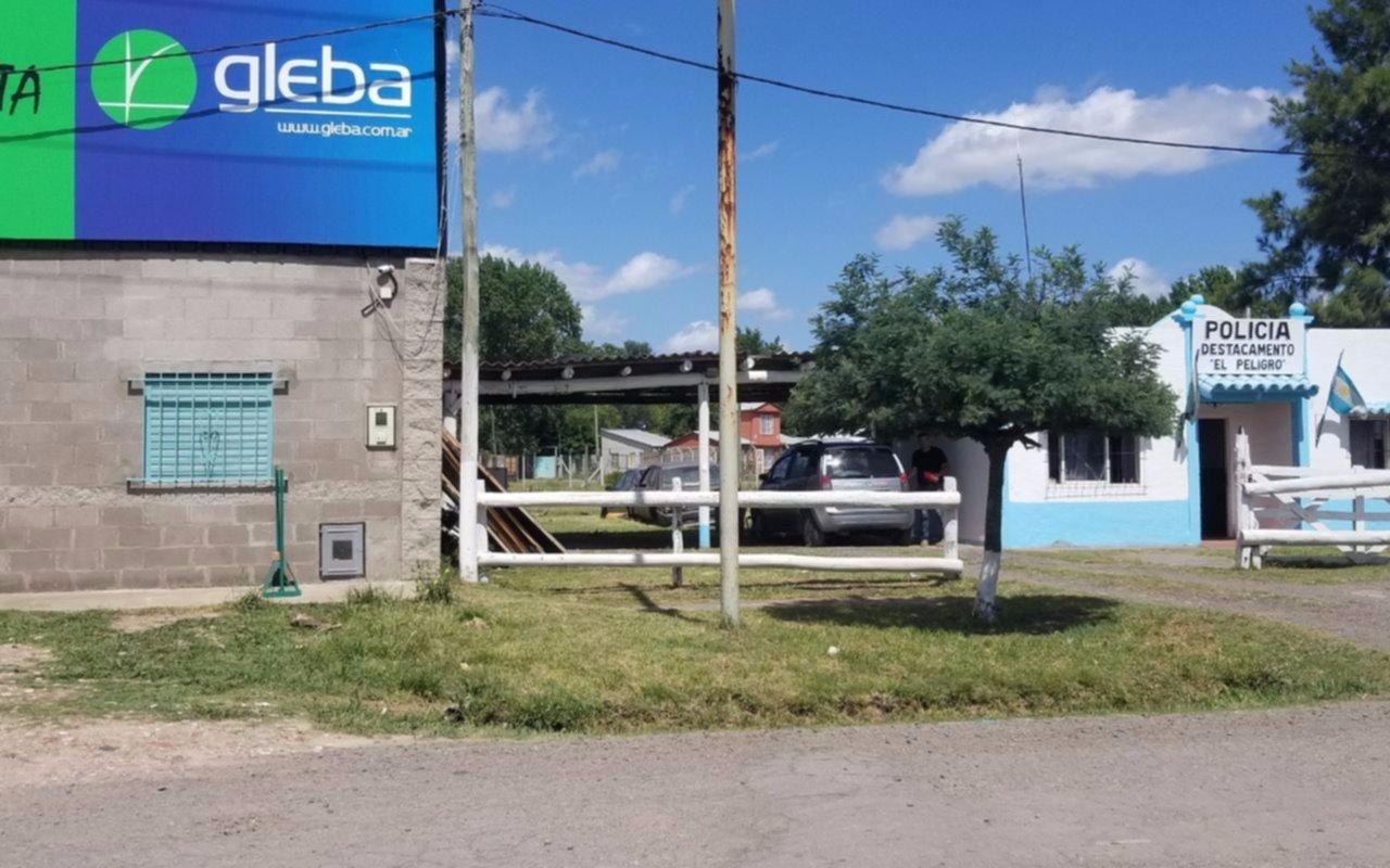 Indignación en El Peligro por insólito robo en comercio ubicado al lado  de la comisaría