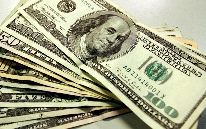 El dólar rebotó casi un peso y cerró a $ 38,30