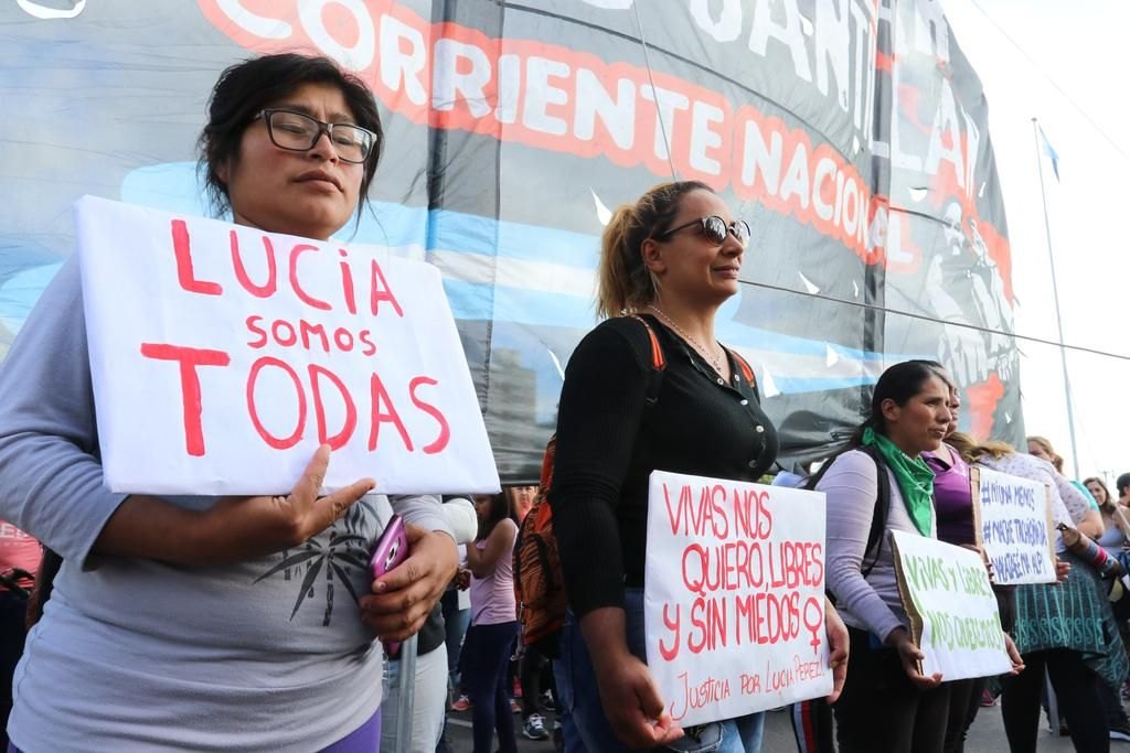 Miles de mujeres marcharon y pidieron justicia por Lucía Pérez