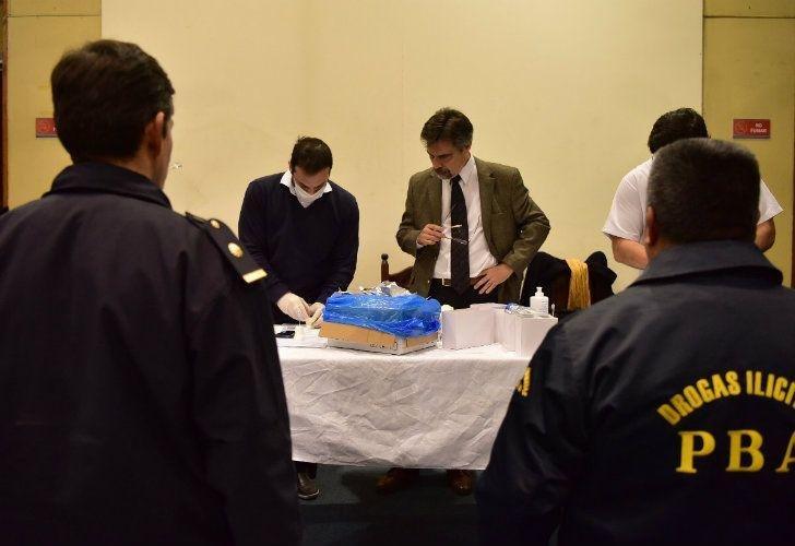 En controles sorpresivos detectan que 4 policías platenses estaban drogados