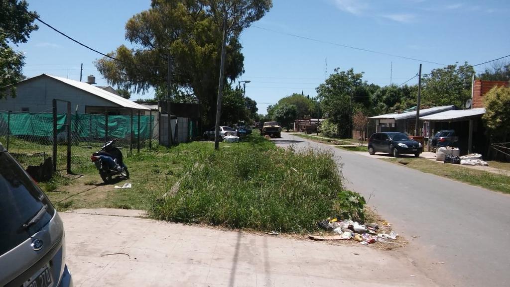 Un barrio que se siente abandonado en 49 y 161