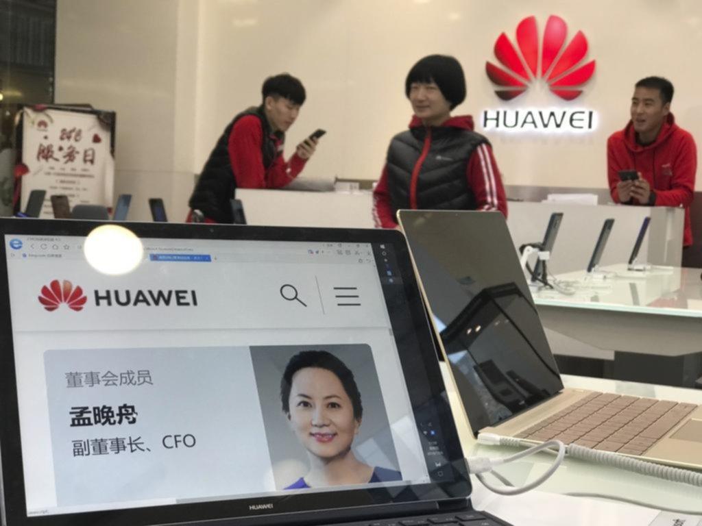 Directora financiera de Huawei enfrenta cargos de fraude en EE. UU