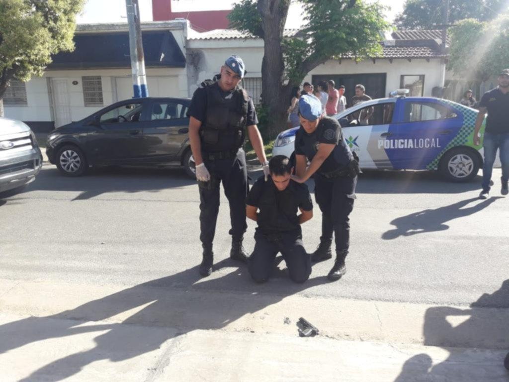 Poliladrón: detuvieron a un agente por al menos 7 asaltos, usando su arma y el uniforme