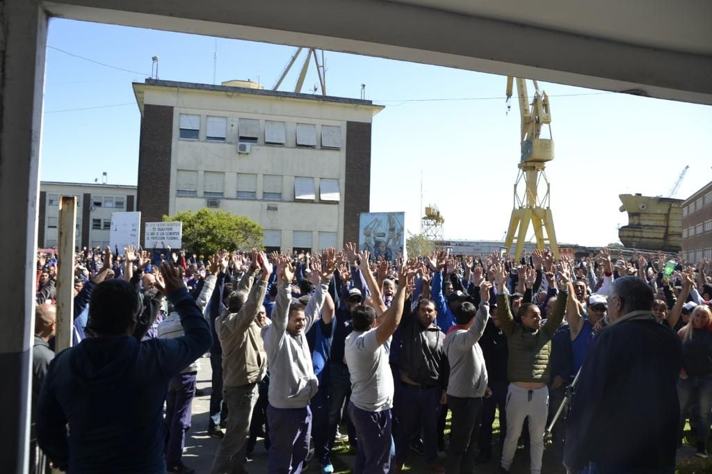 Vidal acordó sueldos con el Astillero y aísla el reclamo de los gremios docentes