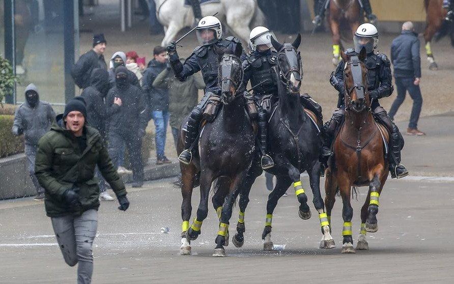 El-mundo: Incidentes en Bruselas en marcha antiinmigración